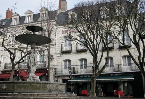 Chinon France Hotels Hotel Restaurant de France